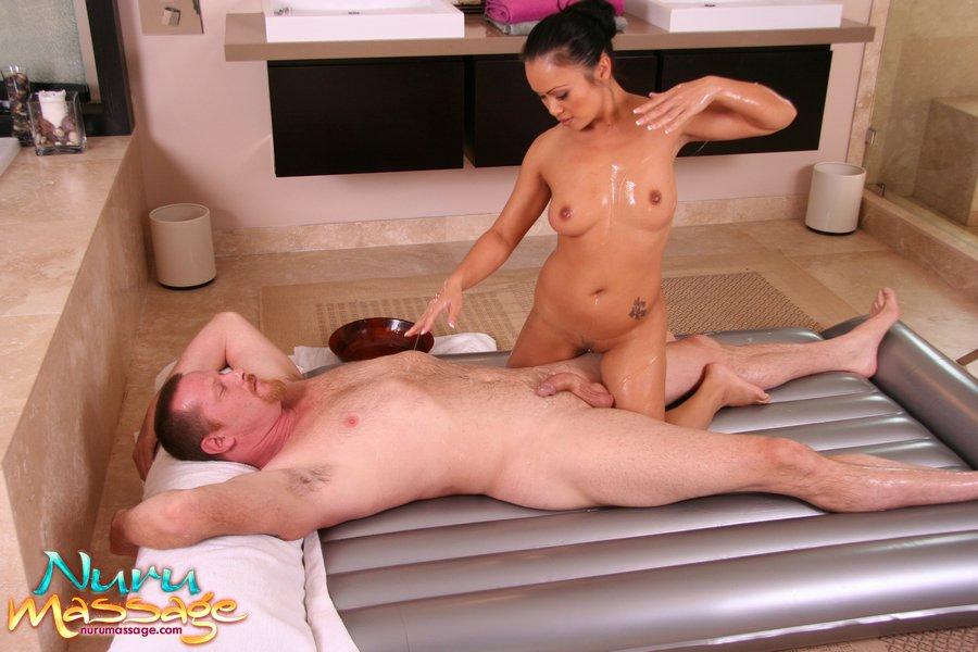 relaxing nude massage nuru massage melbourne