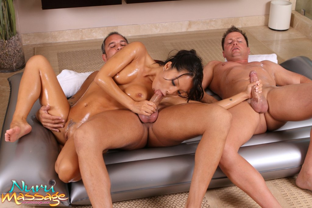nuru massage threesome Nord