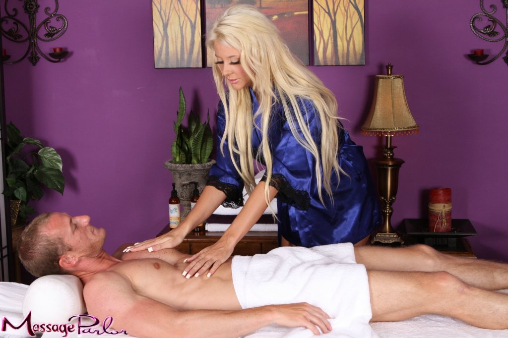 Homoseksuell an appointment at the nuru massage puling