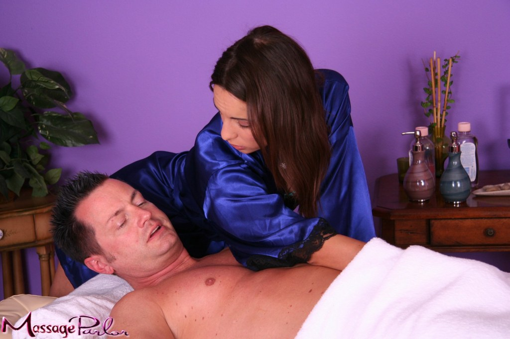 nuru massage definition Nevers